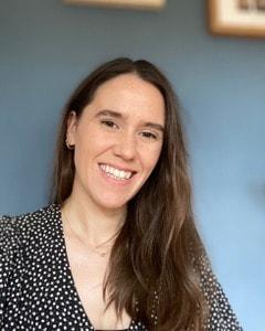 Headshot Dr Sarah Carr Psychologist