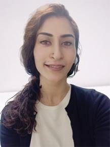 Headshot Rozina Anwar
